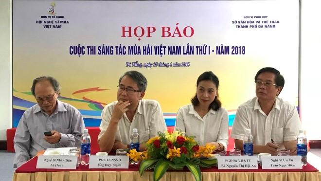 Cuộc thi múa 'hài hước' lần đầu tiên ở Việt Nam