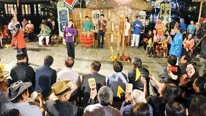 Tổ chức lễ vinh danh Nghệ thuật Bài chòi Trung Bộ