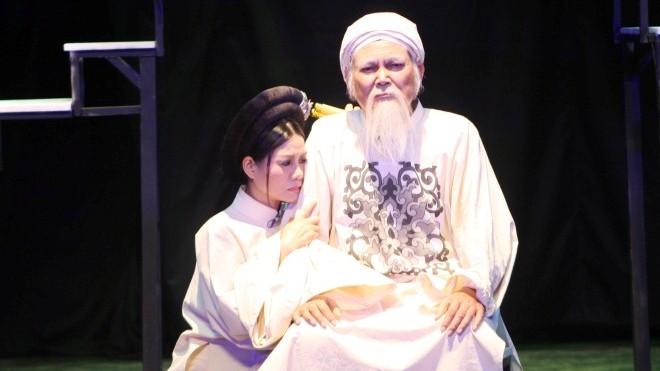 Nhìn lại Liên hoan Sân khấu kịch nói toàn quốc 2018: Tiếc cho 'Bạc' già, buồn vì 'Bạc' non