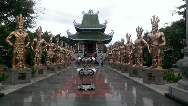 Quy hoạch tượng đài Hùng Vương: Cẩn trọng để tránh 'cơn sốt' tượng đài