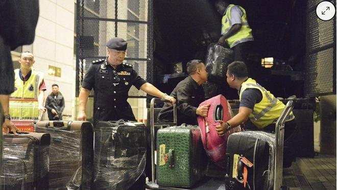 Cảnh sát Malaysia thu gần 29 triệu USD tại căn hộ của cựu Thủ tướng Najib Razak