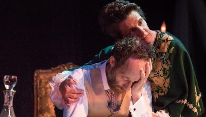 Bí mật về những mối tình đồng tính của Tchaikovsky