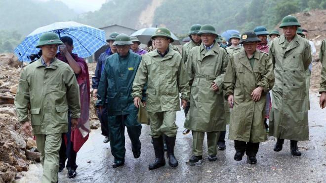 Mưa lũ tại Lai Châu, 12 người chết, 11 người mất tích, Phó Thủ tướng Trịnh Đình Dũng chỉ đạo tại chỗ
