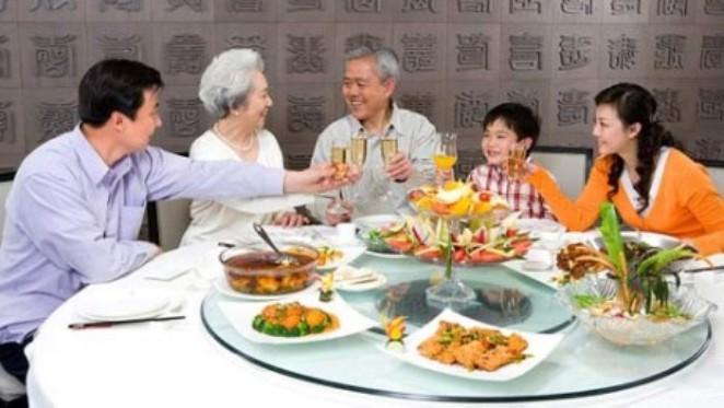 Bữa cơm gia đình, nét văn hóa, biểu tượng đẹp của nếp nhà Việt Nam