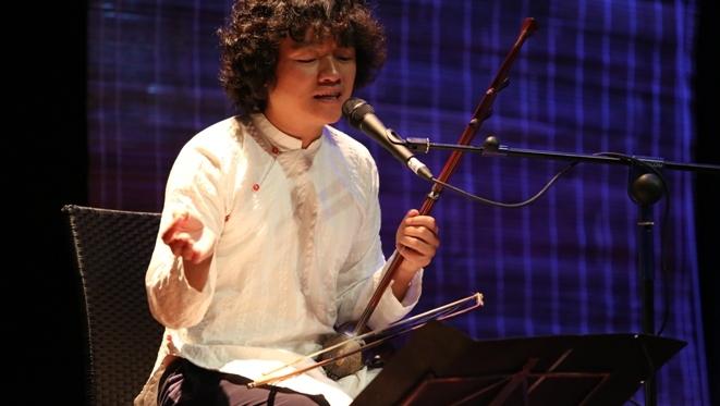 Ngô Hồng Quang: 'Đương đại hóa' để 'cứu' nhạc dân tộc