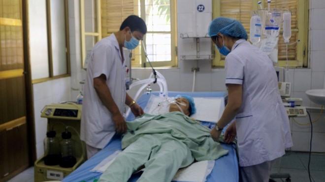 Thời tiết nắng nóng, nhiệt độ trên 40 độ C, cấp cứu hàng loạt bệnh nhân sốc nhiệt