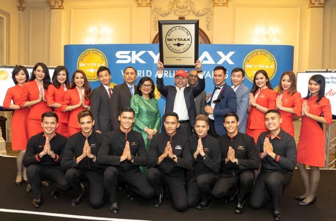 AirAsia kỷ niệm một thập kỷ là Hãng hàng không giá rẻ tốt nhất thế giới