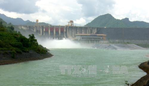11 giờ ngày 6/8, mở thêm 1 cửa xả đáy hồ Thủy điện Tuyên Quang