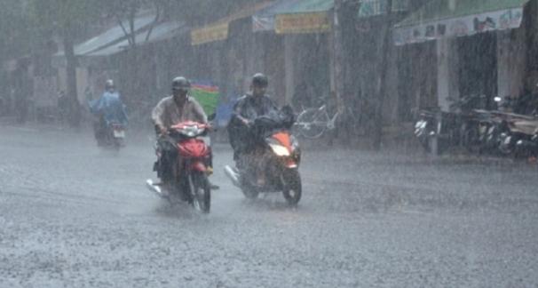 Hà Tĩnh đến Quảng Ngãi có mưa rất to, Quảng Bình đến Quảng Nam ngập lụt sâu
