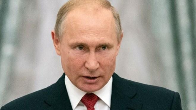Tổng thống Nga Vladimir Putin quyết định miễn nhiệm 15 tướng lĩnh