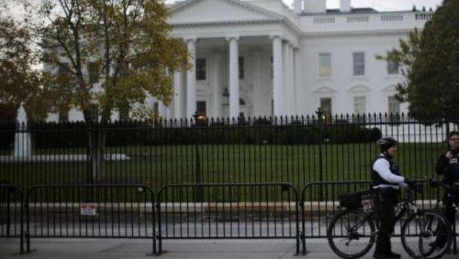 Nhà Trắng và Lầu Năm góc nhận bưu kiện khả nghi có thể chứa chất độc