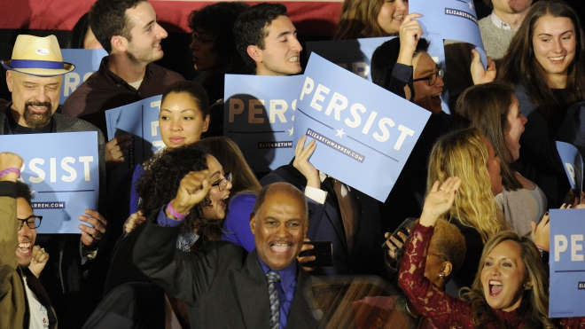 Bầu cử Quốc hội Mỹ giữa nhiệm kỳ: Phe Dân chủ sắp giành lại quyền kiểm soát Hạ viện