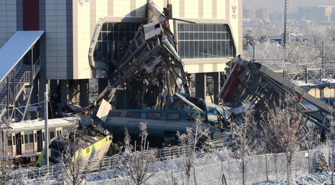 Tai nạn tàu cao tốc tại Thổ Nhĩ Kỳ: Nhiều người thương vong