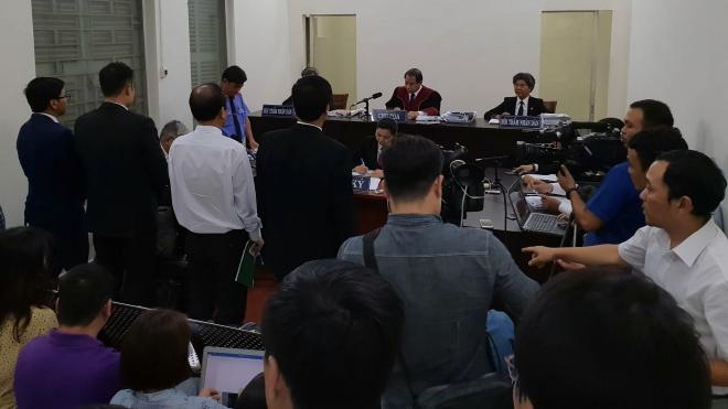 Vụ Vinasun kiện Grab: Hai công ty hòa giải bất thành, Tòa tiếp tục xét xử