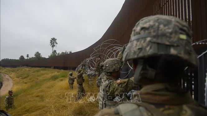 Mỹ: Thỏa thuận ngân sách an ninh biên giới không bao gồm tiền xây dựng bức tường