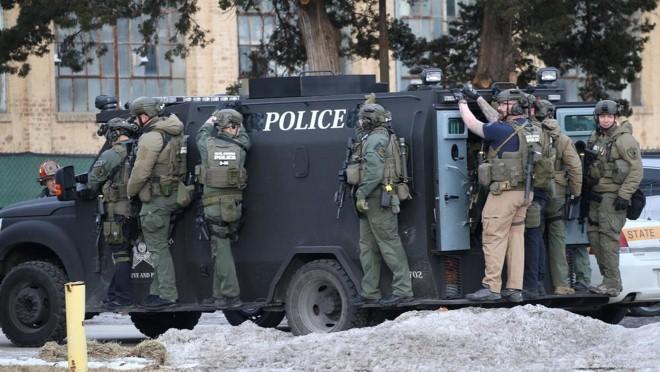 Vụ nổ súng ở Chicago: 5 người thiệt mạng, hung thủ bị tiêu diệt