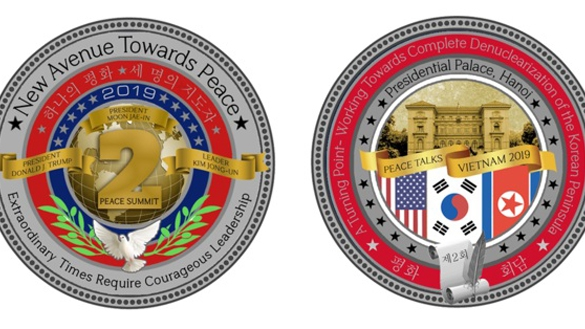 Đồng xu 'Hòa bình' in hình Phủ Chủ tịch Việt Nam nhân dịp Hội nghị Thượng đỉnh Mỹ-Triều Tiên