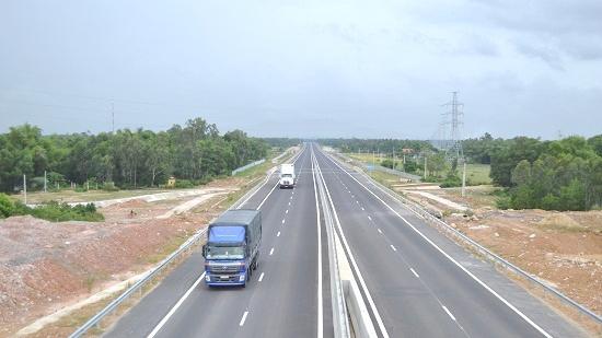 Dự kiến sẽ thông xe cao tốc Bắc – Nam phía Đông vào năm 2021