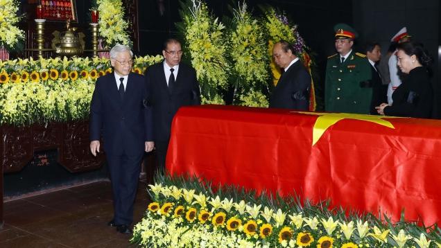 Lễ tang đồng chí Trung tướng Đồng Sỹ Nguyên