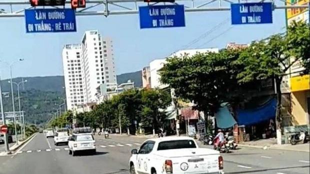 Đoàn xe vượt đèn đỏ ở Đà Nẵng: 9 lái xe bị xử phạt, tước quyền sử dụng giấy phép lái xe