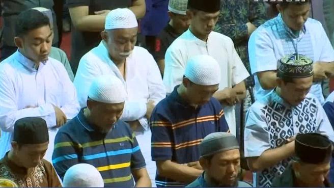 Người Hồi giáo khắp nơi trên thế giới bước vào lễ Ramadan
