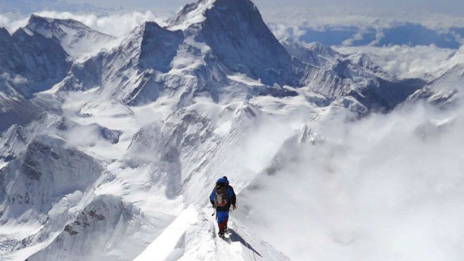 Nhà leo núi người Nepal lập kỷ lục 24 lần chinh phục 'nóc nhà của thế giới' Everest