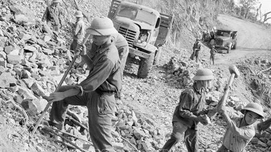 Kỷ niệm 60 năm Ngày mở đường Hồ Chí Minh: Từ huyền thoại đến tương lai