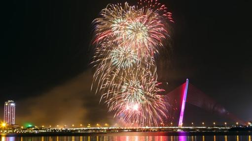 Lễ hội pháo hoa quốc tế Đà Nẵng: Cấm sử dụng tàu, thuyền chở khách xem pháo hoa trên sông Hàn trong các đêm trình diễn