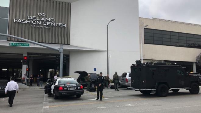 Nổ súng tại bang California, Mỹ