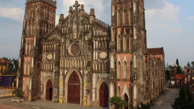 'Giải mã' sức hút của các nhà thờ Việt Nam: Đa dạng như… kiến trúc nhà thờ