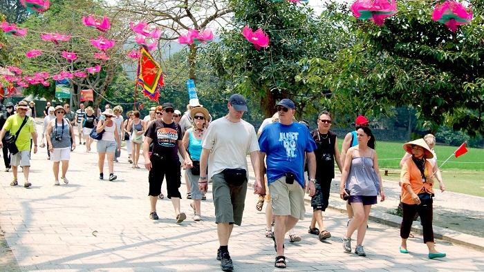 Gần 6 tháng đầu năm, Thủ đô Hà Nội đón trên 3,3 triệu khách du lịch quốc tế