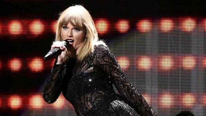 Taylor Swift - huyền thoại về kiếm tiền và... tiêu tiền