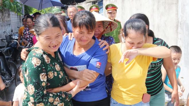Niềm vui đoàn tụ của người phụ nữ sau 24 năm bị bán sang Trung Quốc