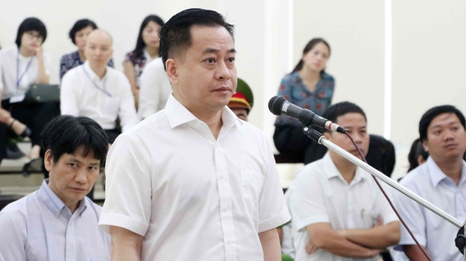 Đề nghị truy tố hai bị can lừa làm hộ chiếu quốc tịch Mỹ cho Phan Văn Anh Vũ