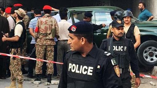 Sập cầu khiến nhiều người chết và mất tích tại Pakistan
