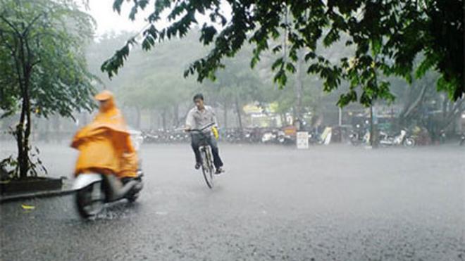 Dự báo thời tiết: Bắc Bộ mưa dông, cảnh báo lốc, sét, mưa đá và gió giật mạnh