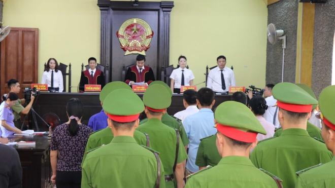 Hoãn phiên tòa xét xử Vụ án gian lận điểm thi tại Sơn La