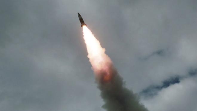 Bộ Quốc phòng Nhật Bản họp khẩn sau khi Triều Tiên phóng vật thể bay