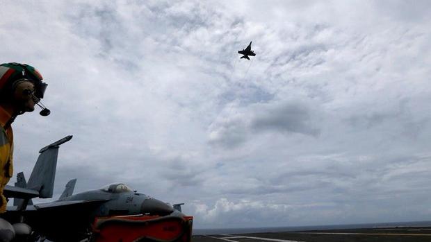 Chuẩn Đô đốc Mỹ khẳng định quyết tâm thực thi quyền tự do hàng hải và hàng không trên Biển Đông