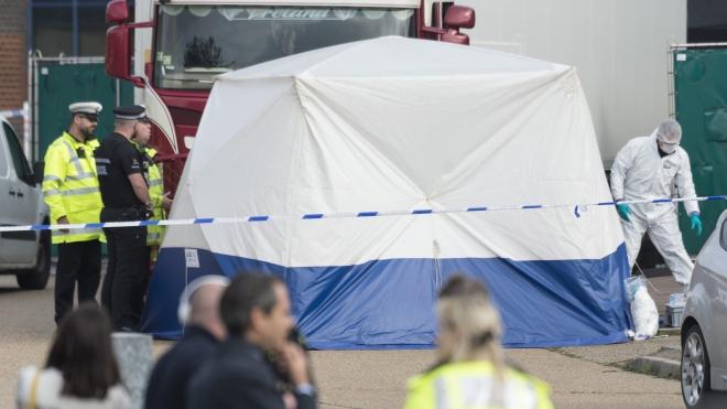 Vụ 39 thi thể trong xe tải ở Anh: Cảnh sát truy tìm 2 nghi can từ Bắc Ireland