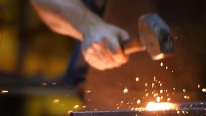 Các nhà khảo cổ học Trung Quốc, Nhật Bản khôi phục lại kĩ thuật luyện sắt đã có cách đây 2000 năm