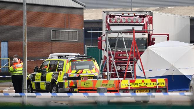 Vụ 39 thi thể trong xe tải ở Anh: Chính phủ sẽ ứng kinh phí đưa thi hài 39 nạn nhân về nước