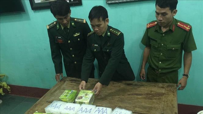 Điều tra làm rõ số ma túy lớn trôi dạt trên biển miền Trung