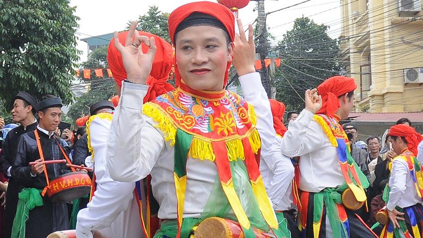 Văn hóa tuần này: lễ hội 'Hò dô' quốc tế và lễ hội dân gian Việt Nam