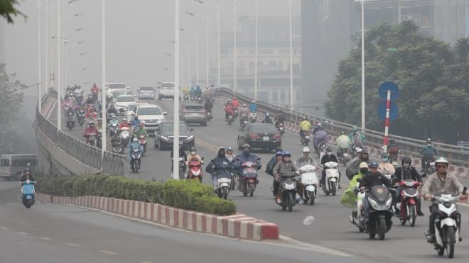 Ô nhiễm không khí tại Hà Nội: Người dân cần chủ động bảo vệ sức khỏe khi ra khỏi nhà