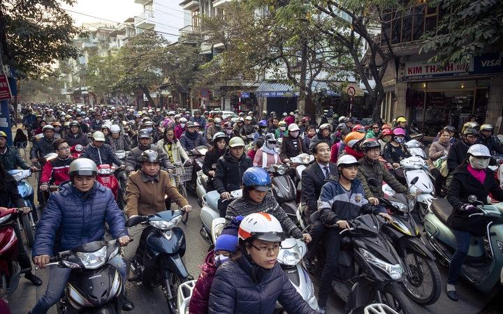 Khí thải xe máy. ô nhiễm không khí. Ô nhiễm không khí do khí thải xe