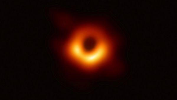 Ảnh chụp hố đen M87 được bình chọn là đột phá khoa học năm 2019