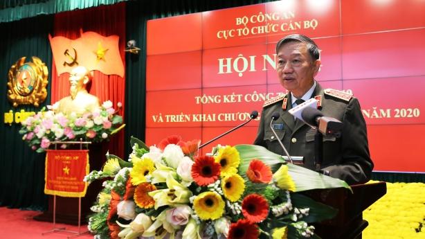 Bộ trưởng Tô Lâm chỉ đạo: Quyết liệt tăng cường cho lực lượng trực tiếp chiến đấu