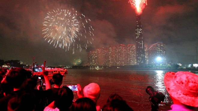 TP HCM bắn pháo hoa tại 3 điểm đêm giao thừa Tết dương lịch 2020