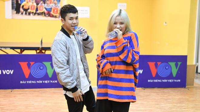 VOV's K-Pop Contest 2019: Chuyên gia Hàn dựng hit 'Spring Day' của BTS cho thí sinh